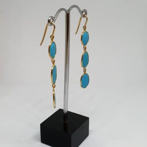 Oval Turquoise Graded Sized Earrings, Hoops Style In 18Kt Yellow Gold (2.220 Grams)