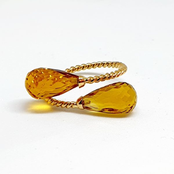 Citrine Ring In 18Kt Yellow Gold (2.030 Grams)