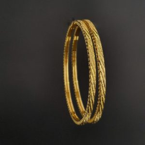 Gold Bangles (23.810 Gms) set of 2 in 22K Yellow Gold